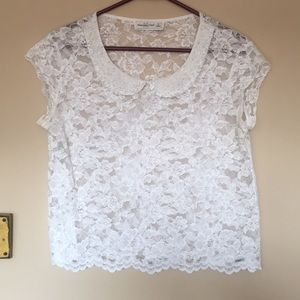 Abercrombie lace sheer w/ collar beads